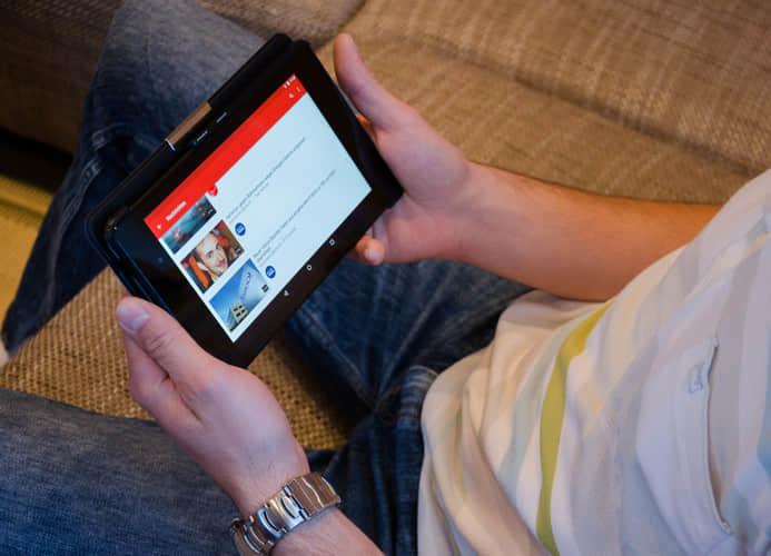 边看视频边学英语的精选全球视频App